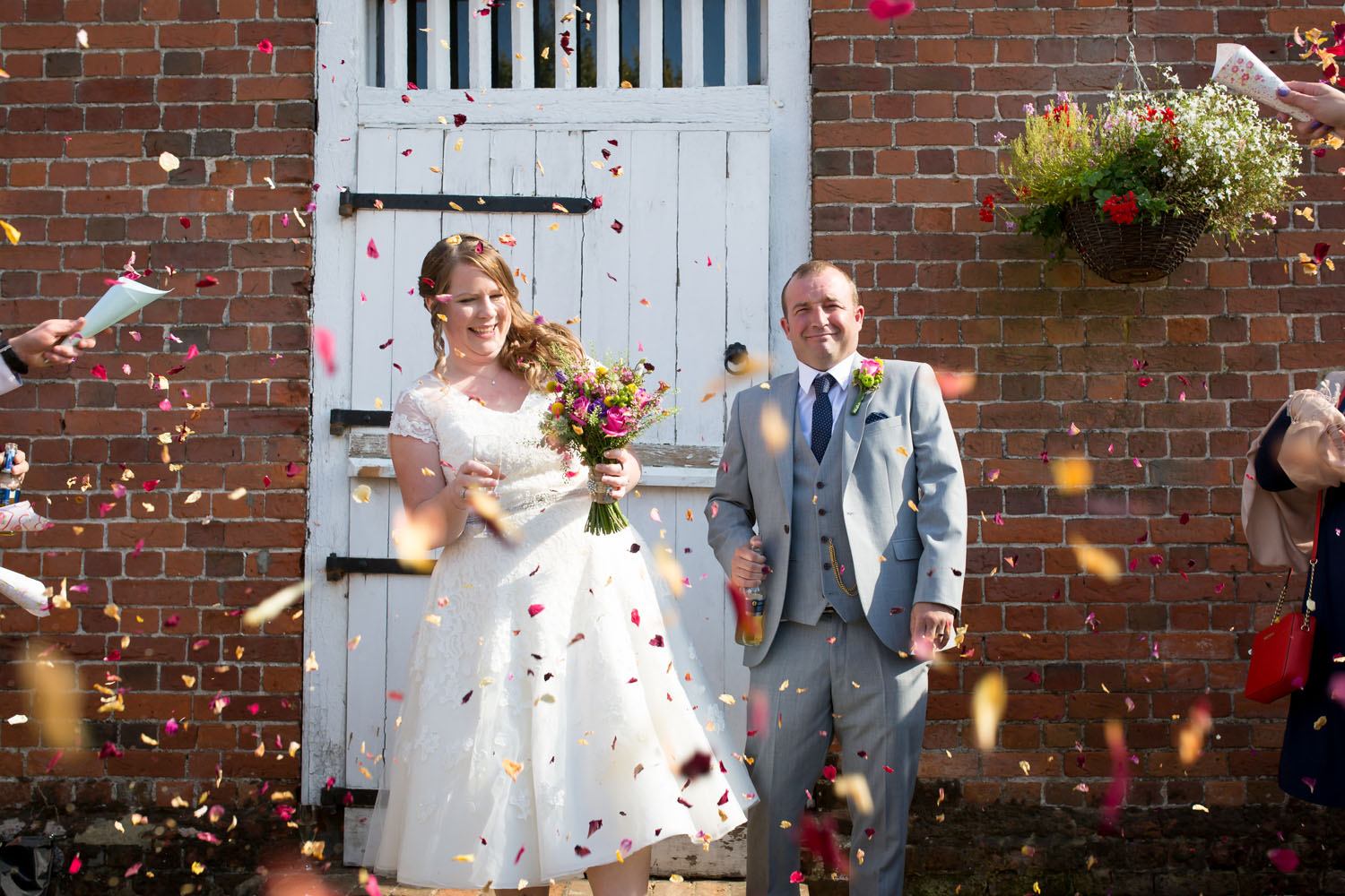 Lillibrooke Manor & Barns – Spring Wedding