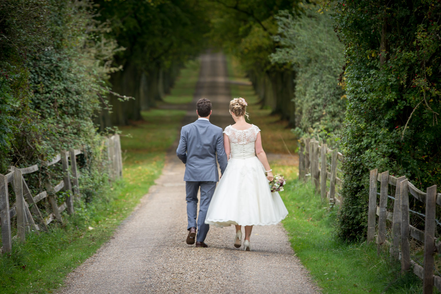 Notley Abbey, Buckinghamshire – Autumn Wedding