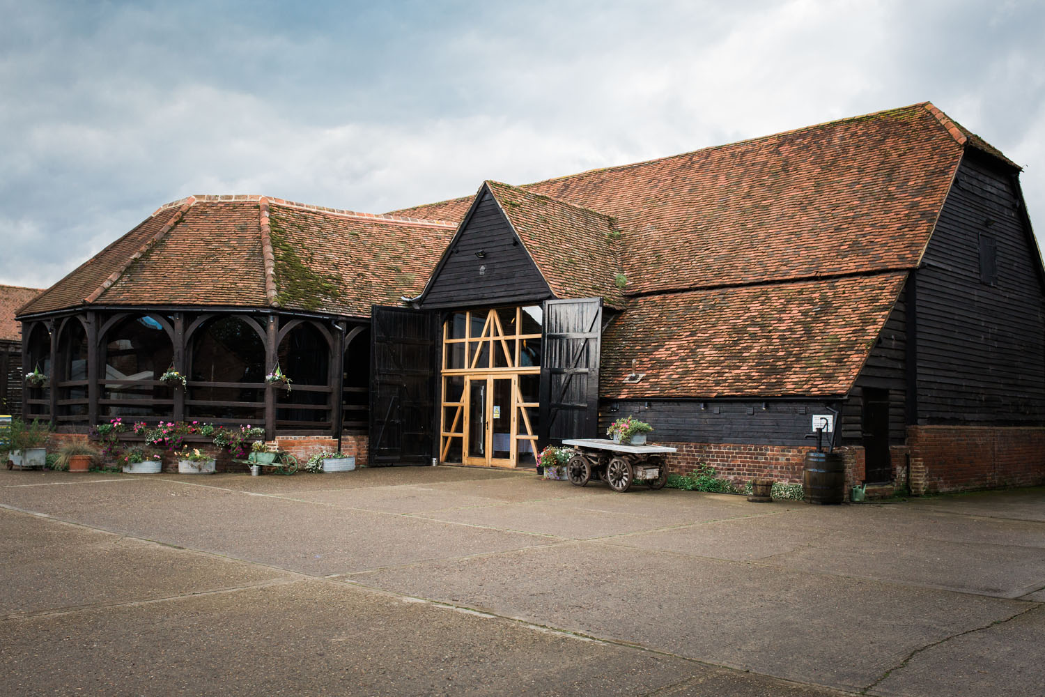 View of wedding barn in Maidenhead - Lillibrooke Manor