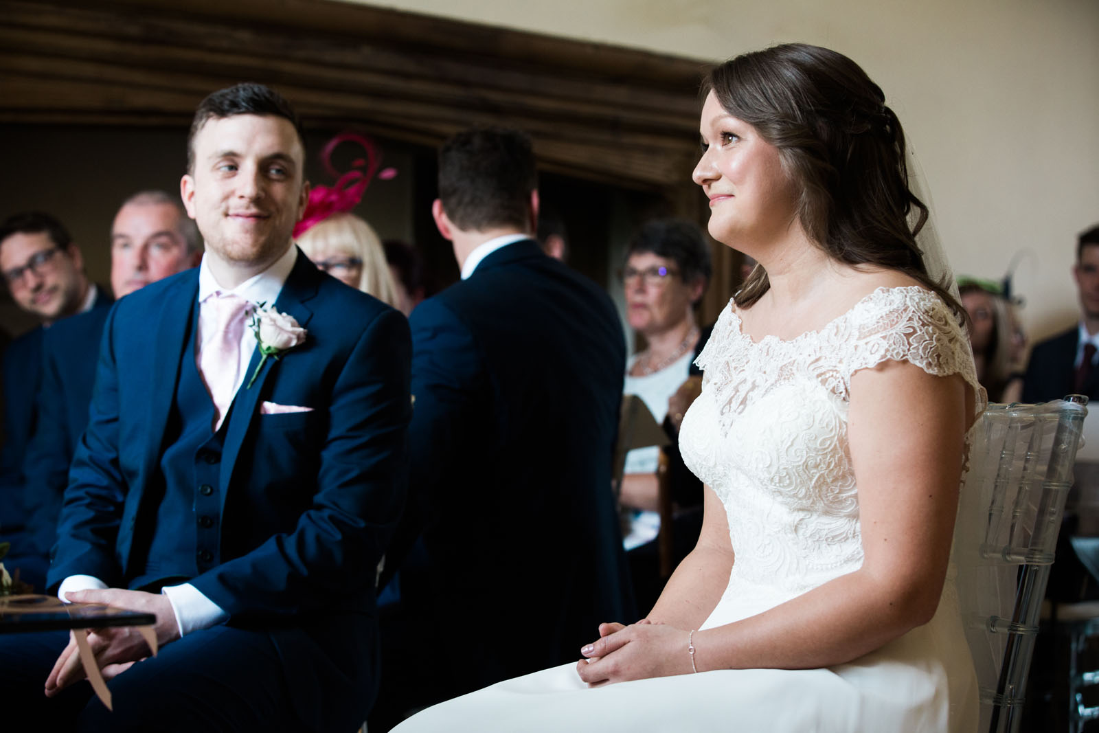 notley abbey ceremony - buckinghamshire wedding