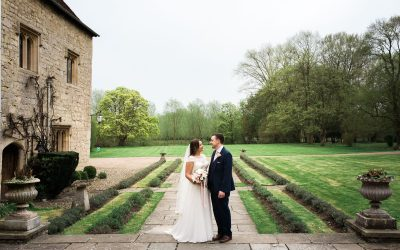 Notley Abbey, Buckinghamshire – Spring Wedding