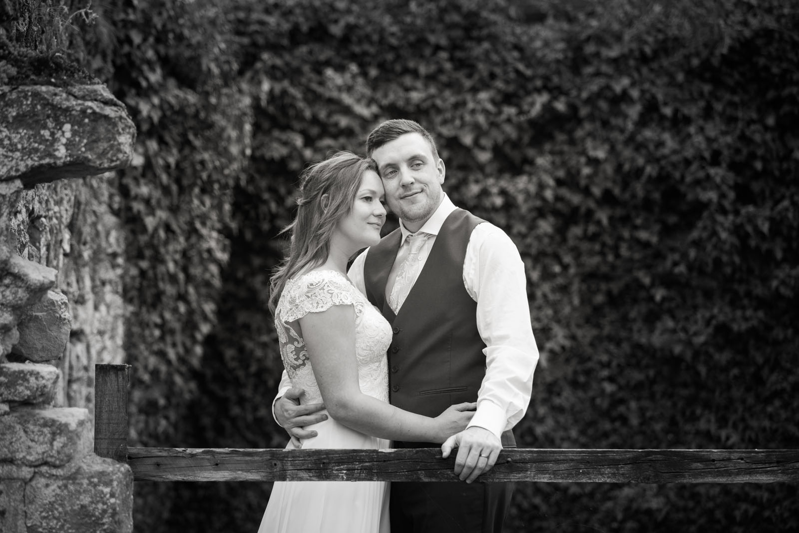 Notley Abbey Wedding Photography - bride and groom