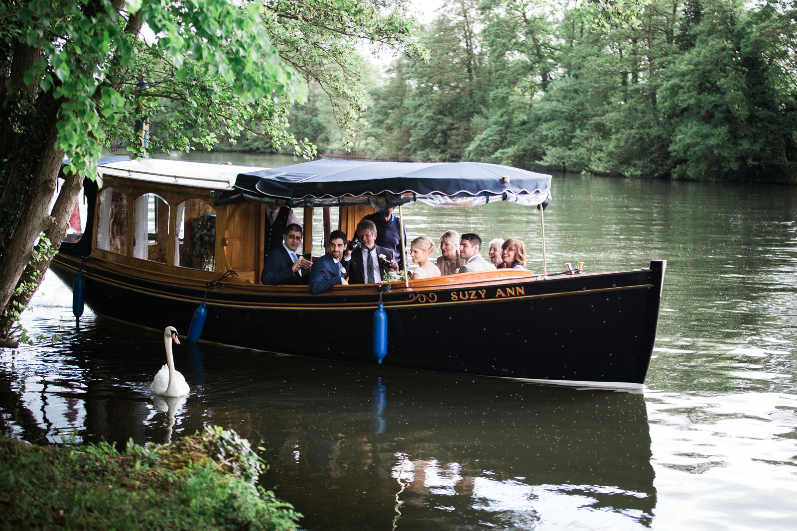 Wedding boat trip and swan - Cliveden