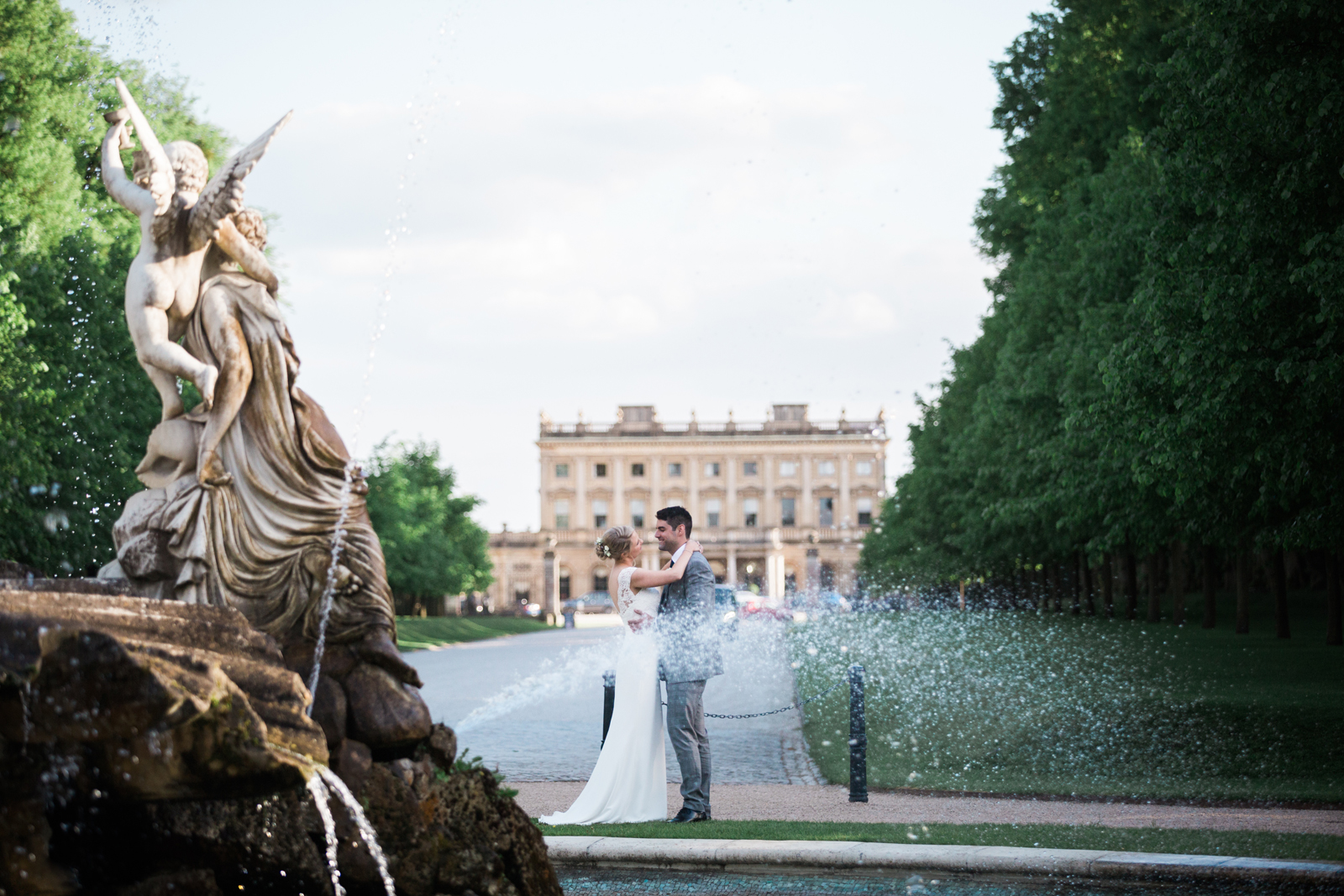 Bride and Groom at the Fountain - Cliveden House