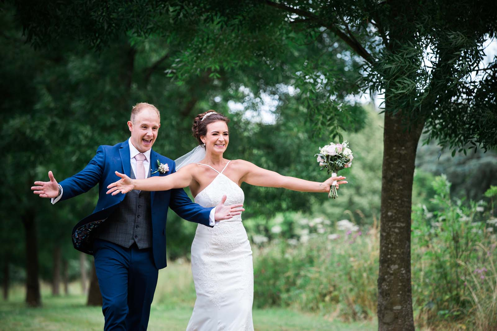 Wedding Phohography by Heni Fourie - open arms